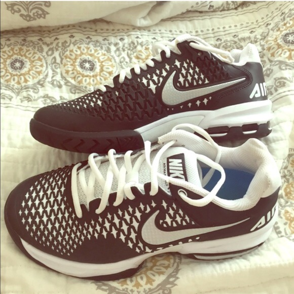 buy popular 4dad6 280d0 ... Nike Air Max Cage Men s 6.5 Women s 8 ...